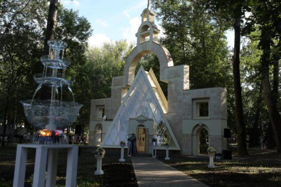 Руководители региона поздравили жителей областного центра с 317-й годовщиной основания Липецка, а металлургов – с профессиональным праздником
